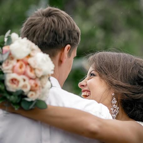 Wedding photographer Olga Bogatyreva (Olyoli). Photo of 05.09.2017