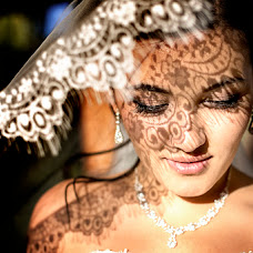 Wedding photographer Tatyana Bezobrazova (titana). Photo of 19.10.2014