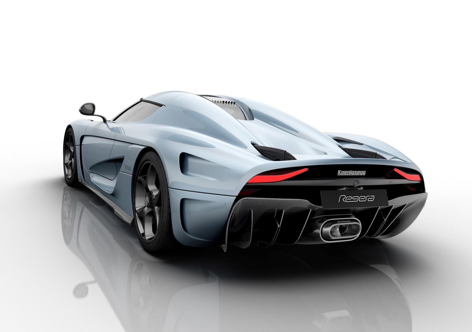 Koenigsegg_Regera_rear_wing_down.jpg