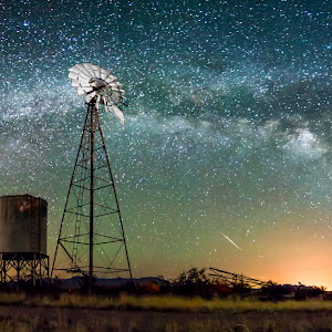 Empire Windmill with Meteor Pano.jpg