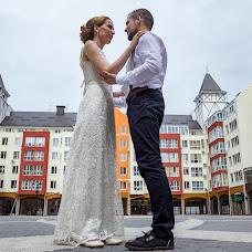Wedding photographer Vladislav Gunin (VladGunin). Photo of 11.08.2015
