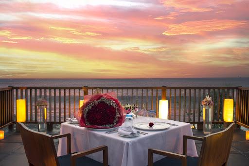 Romantic dinner uluwatu