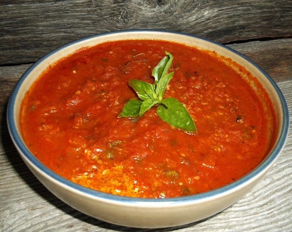 Serve over pasta, chicken etc... Use as you would use any marinara or spaghetti...