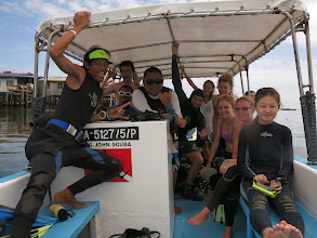 Photo: Lucia's PADI course group