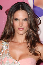 Photo: NEW YORK, NY - SEPTEMBER 06: Alessandra Ambrosio attends Fashion Night Out In Soho on September 6, 2012 in New York City. (Photo by John Parra/Getty Images for Victoria's Secret)