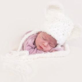 Soft baby picture by Michel Arel - Babies & Children Babies ( bébé, girl, fille, #pixoto, baby, michel arel, newborn )