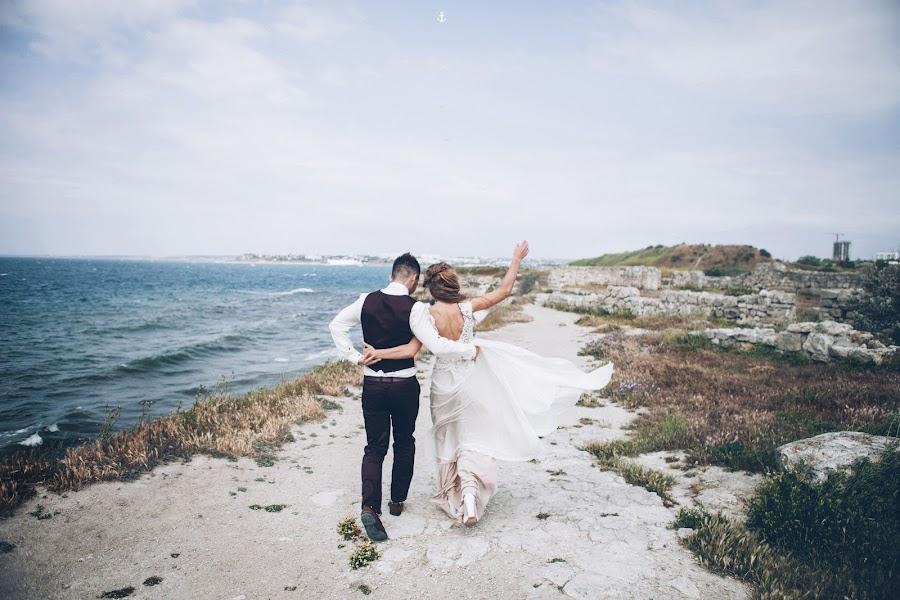 Wedding photographer Pavel Melnik (soulstudio). Photo of 30.01.2015