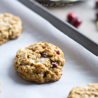 Cranberry Bliss Oatmeal Cookies {dairy + gluten free} and $50 Amazon gift card giveaway!