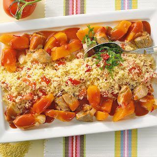 Tomatencouscous mit Puten-Kürbis-Ragout