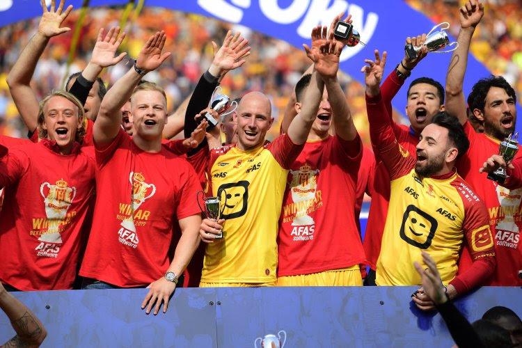 OFFICIEEL: Na promotie en bekerwinst met KV Mechelen gaat Tim Matthys op voetbalpensioen