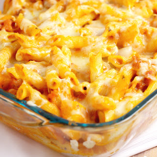 Hawaiian Pizza Pasta Bake