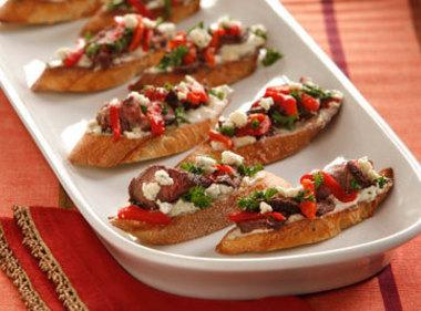 Steak And Blue Cheese Bruschetta Recipe