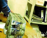 Footage of cash being counted in the Bosasa vault as cash flies especially in the direction of those who are politically connected, says the writer.