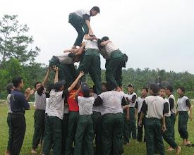 Photo: Pelajar Hidayah akan terus dilatih memburu kejayaan. Syabab SMIH mengikuti aktiviti mingguan hari Sabtu, SMIH.