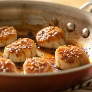 Tamari and Honey-Glazed Scallops