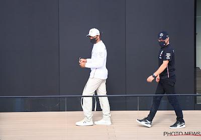 """Lewis Hamilton is het niet eens met stewards: """"Ze doen er alles aan om mij te proberen stoppen"""""""