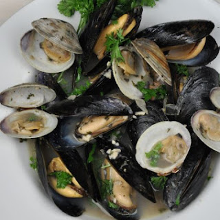 Mussels and Clams in White Wine.