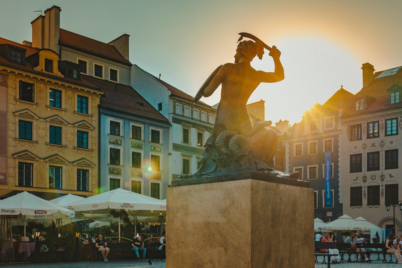 Безкоштовна Варшава куди піти що дивитися робити