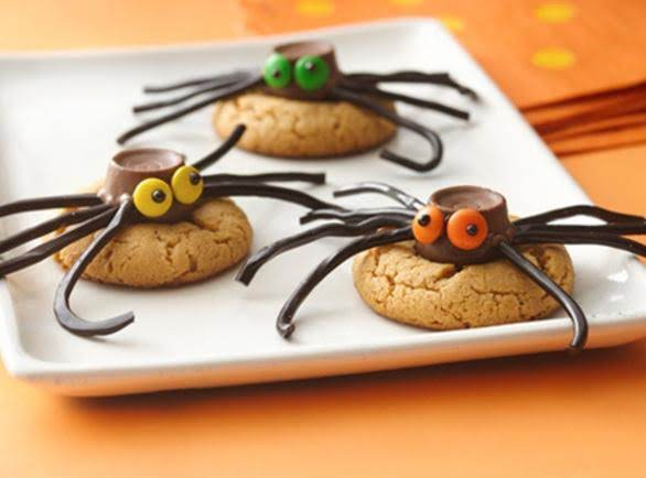 Cute Cookie Spiders For Halloween Recipe