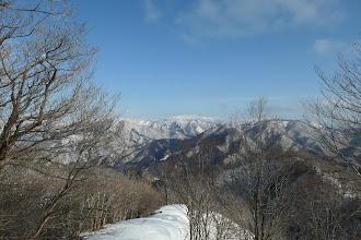 山頂手前に展望地(白山方面)