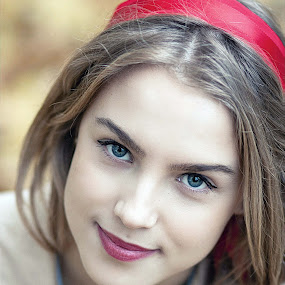 IULYCHKA by Daniel Kitu - People Portraits of Women ( red, girl, feminine, smile, eyes )