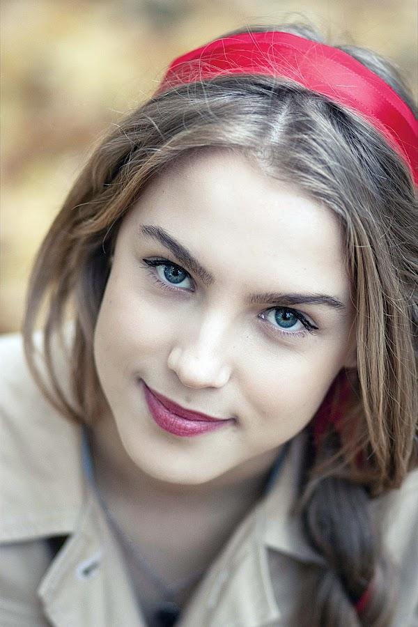IULYCHKA by Daniel Kitu - People Portraits of Women ( red, girl, feminine, smile, eyes )