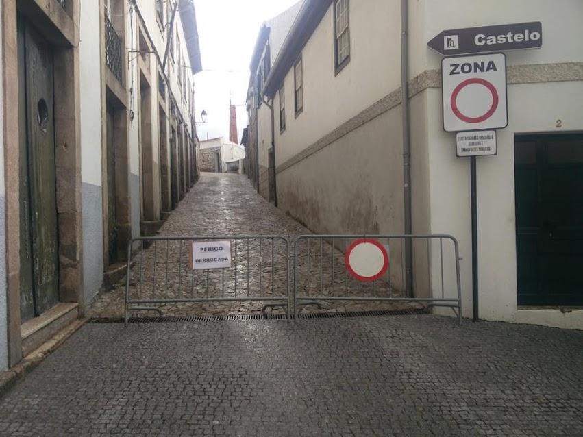 Trânsito cortado: Acesso ao Castelo pelas Portas do Sol