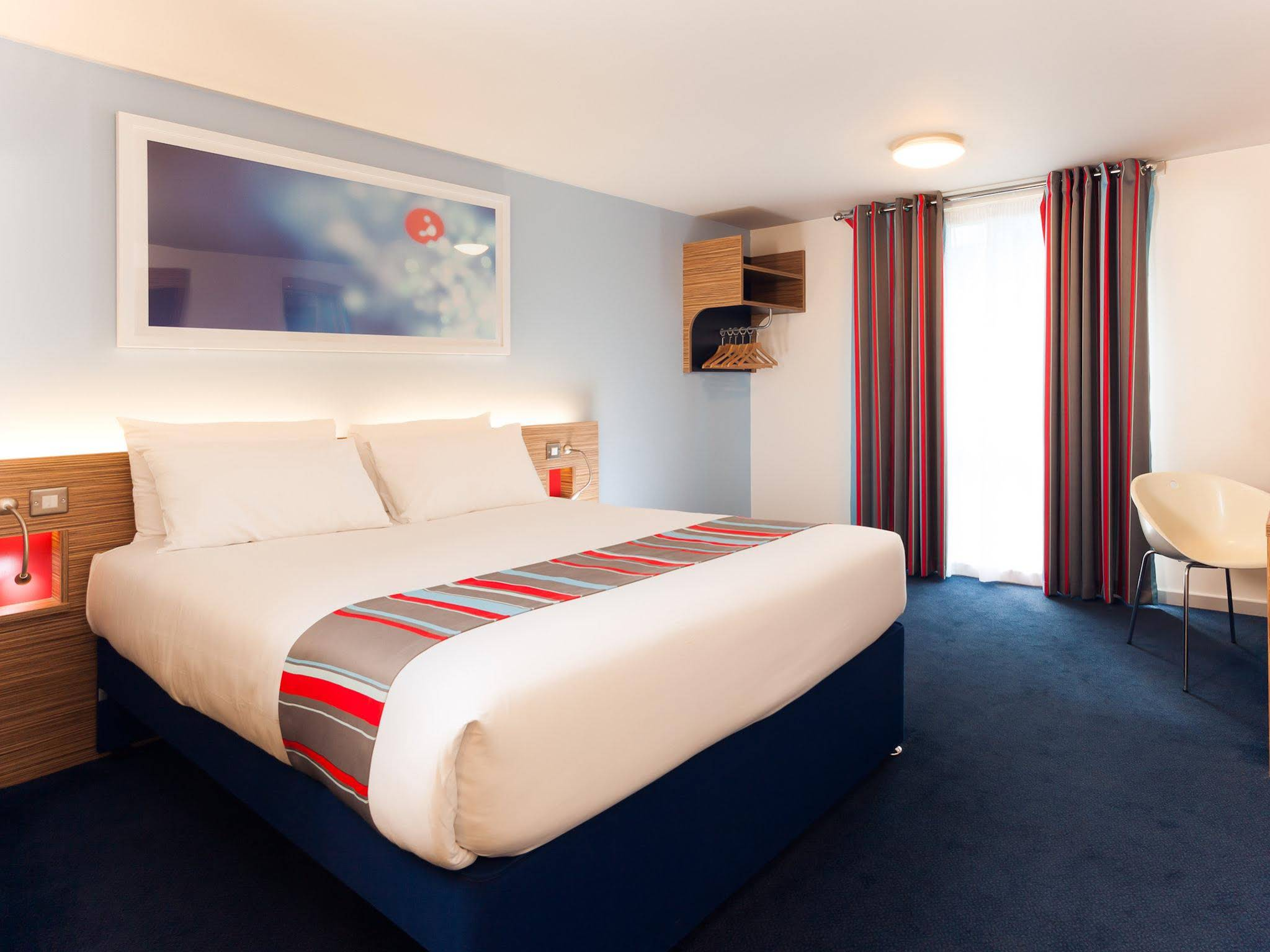 Travelodge Waterloo Hotel