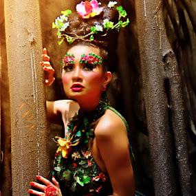 Warm by Erlangga Sen - People Fashion