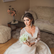 Wedding photographer Aleksandr Milay (sanpenza). Photo of 18.11.2014