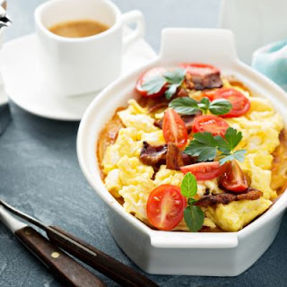 Bacon, Biscuits and Eggs Casserole Recipe