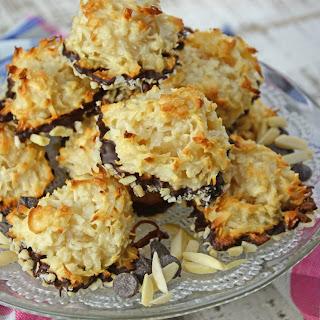 Almond Coconut Macaroons Recipe