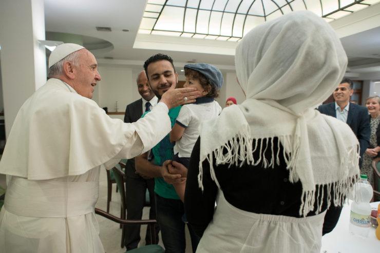 Thêm ba gia đình người Syria trở thành khách của Vatican