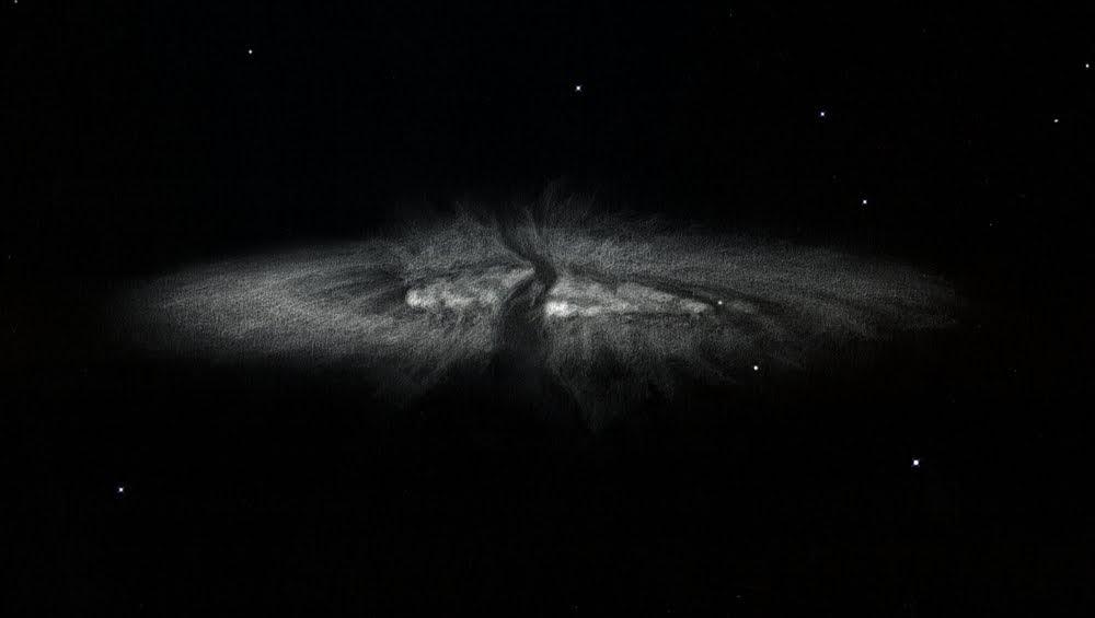 Photo: M82 et sa supernovae, à 430X dans le T1m de Stellarzac le 7 mars 2014.