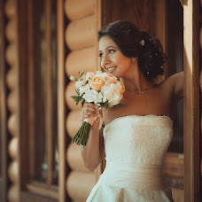 Wedding photographer Aleksandr Ufimcev (proFoto74). Photo of 30.10.2014