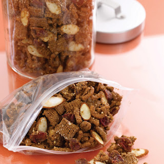 Antioxidant Almond Snack Mix