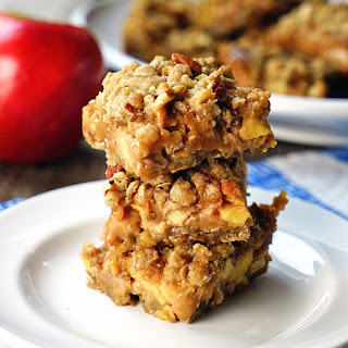 Cinnamon Apple Oatmeal Carmelitas