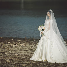 Wedding photographer Renata Nelitvinova (Laptich). Photo of 21.11.2016
