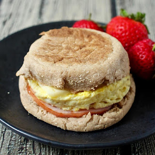 5-minute homemade egg McMuffin.