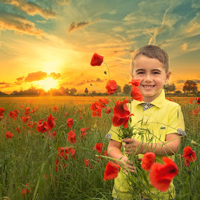 Flowers for mom !! by Inna Fangel - Babies & Children Child Portraits ( love, child, red, children, flowers summer, happiness, poppies, flowers, boy )