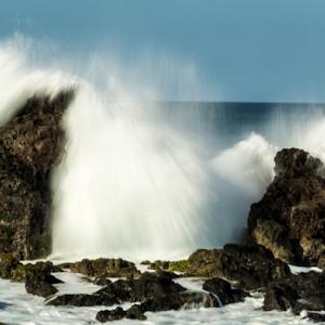 Maui Wave Crashing 08 02 18.jpg