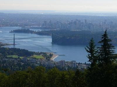 Vancouver von Aussichtspunkt Cypress Mt.