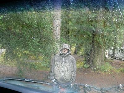 Und der da im Regen steht - Ursin.