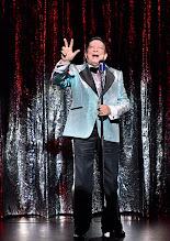 Photo: Wien/ Kammerspiele: AUFSTIEG UND FALL VON LITTLE VOICE von Jim Cartwright. Inszenierung Folke Braband. Premiere 7.5.2015. Heribert Sasse. Copyright: Barbara Zeininger