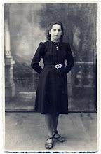 Photo: Salytė Ona 1942 m. Nuotrauka iš Juozo Šakinio asmeninio archyvo.