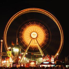 by Jeff Weaver - City,  Street & Park  Amusement Parks ( circle, pwc79,  )