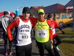 Zdjęcie: Przed startem trzech przyjaciół z Pielgrzymki Biegowej Bytów - Jasna Góra przybyło na Maraton BeskidySebastian, Wojtek i Roman