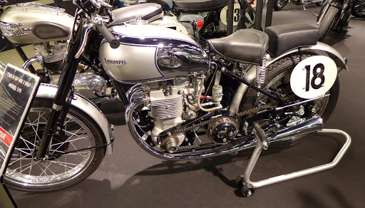 Triumph Grand Prix 1947.