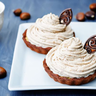Light Chocolate Hazelnut Cream Tarts