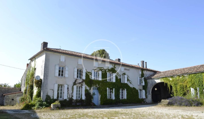 Maison Châteauneuf-sur-Charente